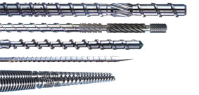 Screw and barrel for extruder